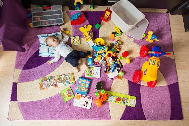 Hľadaj v hračkách Damiána